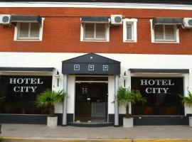 Hotel City, Luján