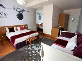 INTER-HOTEL Ô Gayot, Bagnoles de l'Orne