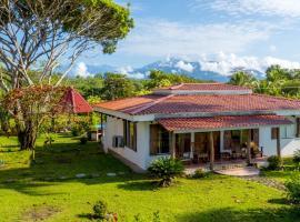 Tres Amigos Island Villas, Parrita