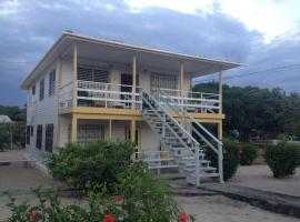 Lydia's Guesthouse, Placencia Village