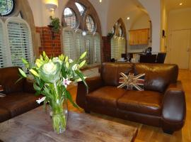Lay Your Hat Serviced Apartments - Convent Court