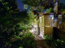 Eressos Rose Garden House, Skála Eresoú