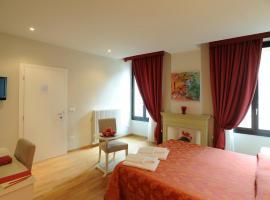 Honey Rooms Ferrara, Ferrara
