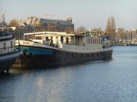 Hotelboat Iris, Amsterdam