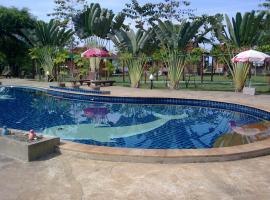 Golden Cliff Beach Resort, Bankhlonmuang