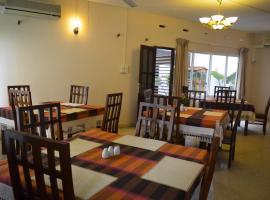 Mount Waves Hotel, Mount Lavinia