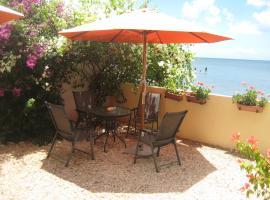 Le Cactus Guest House, Baie du Tombeau