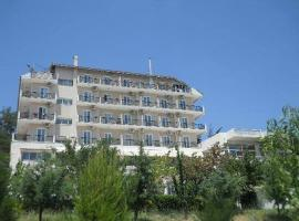 Verori Hotel Vilia Attica, Vília