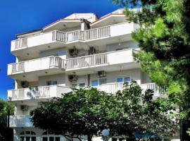 Apartments Candy Fis, Omiš