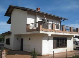 Villa Nina, Trecastagni