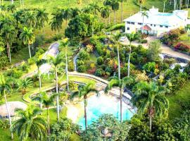Charming Countryside Chalet, Camú