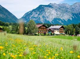Landhotel Häuserl im Wald, Gröbming