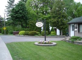Chalet Beaconsfield Motel, Beaconsfield