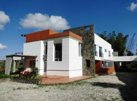 Hotel Familiar El Remanso Del Agua, Guatapé