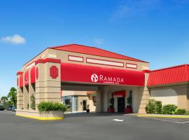 Ramada Kennedy Space Center, Titusville