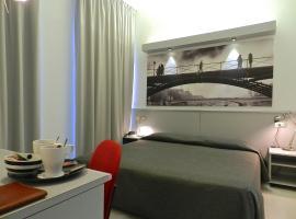 Hotel Italia, Stradella