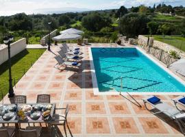 Sarlata Spacious Villa, Metaxáta