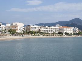 Hotel Delfini, Nea Stira