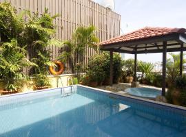 Mookai Hotel, Male City