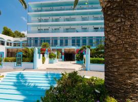 Belair Beach Hotel, Iksija