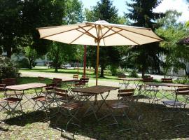 Katholisches Jugend- und Tagungshaus, Wernau