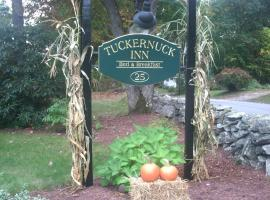Tuckernuck Inn Bed & Breakfast, Meredith