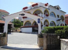 Villa Flora, Malinska