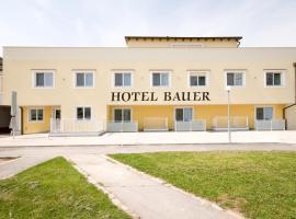 Hotel Bauer, Rauchenwarth