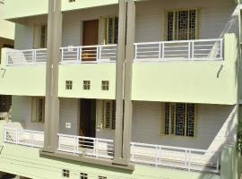 Vijayamcy Service Apartments Porur