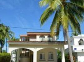 Casa Paradise, Mansanila