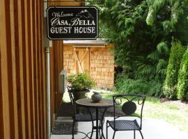 Casa Bella Guesthouse on Sechelt Inlet, Sechelt