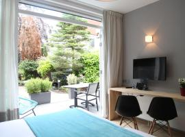 Alp de Veenen Hotel, Amstelvenas