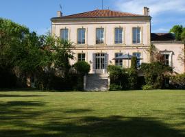 Château de Grenier, Saint-Léger