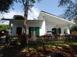 Villa Quattro Pini B&B, Salve