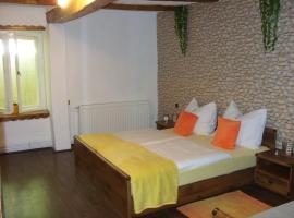 Apartment Bodza, Tompa