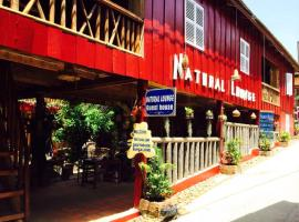 Natural Lounge Guest House, Koh Rong Island