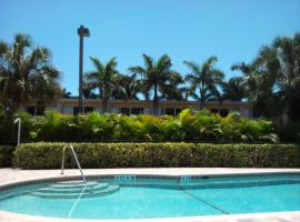 Hollywood Beach Golf Resort