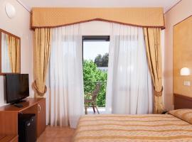 法布里尼酒店
