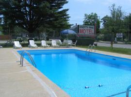 Knotty Pine Motel, Salisbury