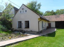 Janovice Cottage, Janovice