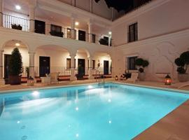 拉芬達酒店, 貝納爾馬德納