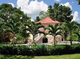 Banana Bank Lodge & Jungle Horseback Adventures, Belmopan
