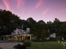 Abbey's Lantern Hill Inn, Ledyard Center