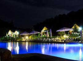 Resorts extremadura 7 complejos en extremadura espa a for Hoteles rurales en extremadura con piscina