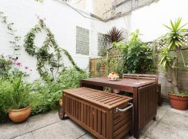 Veeve - One Bedroom Apartment in Brook Green, London