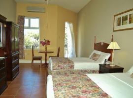 Guest House Villa Mishkan, Runaway Bay