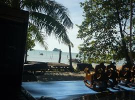 Pasai Beach Lodge, Ko Yao Noi