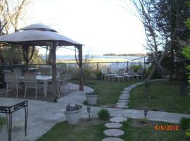 Watersview, Hampton Bays