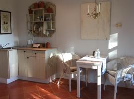 Heggy's Cottage, Wattamolla
