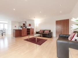 Roomspace Serviced Apartments - Thames Edge, Staines